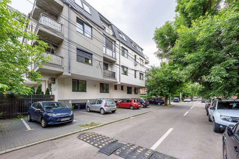 Parcul Izbiceni - Apartament 2 camere gata de mutat, parcare, 52 mp.