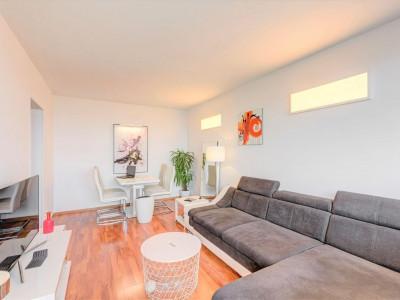 Pajura – Baiculesti, Apartament 3 camere decomandat, renovat, 70 mp.