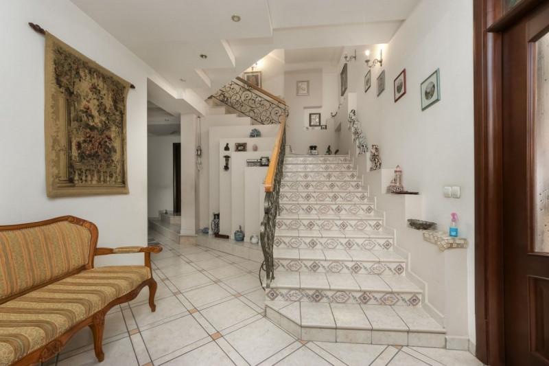 Vila impozanta Baneasa Drumul Lapus zona privata teren 1000mp